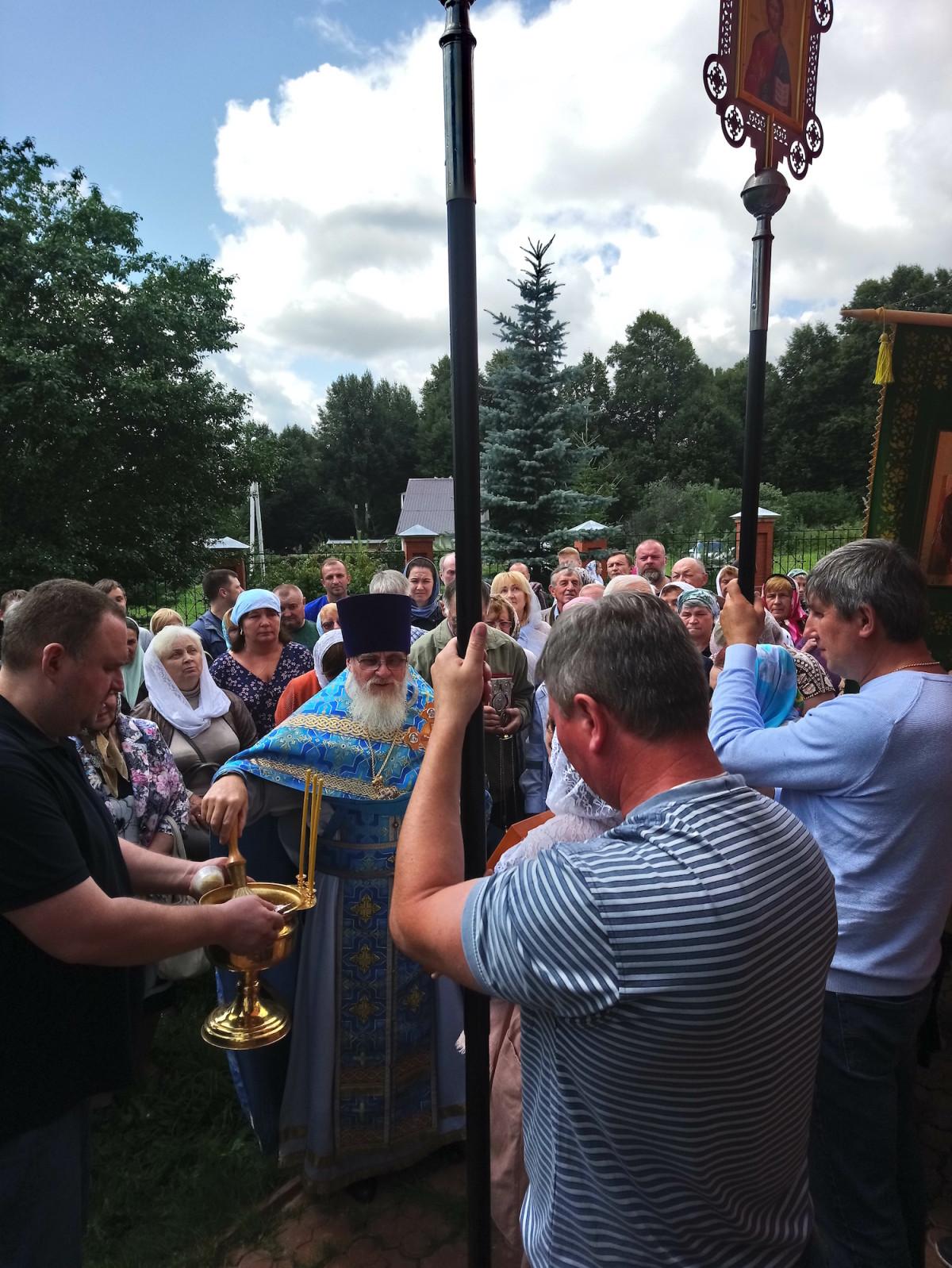 Престольный праздник в Казанском храме села Четряково