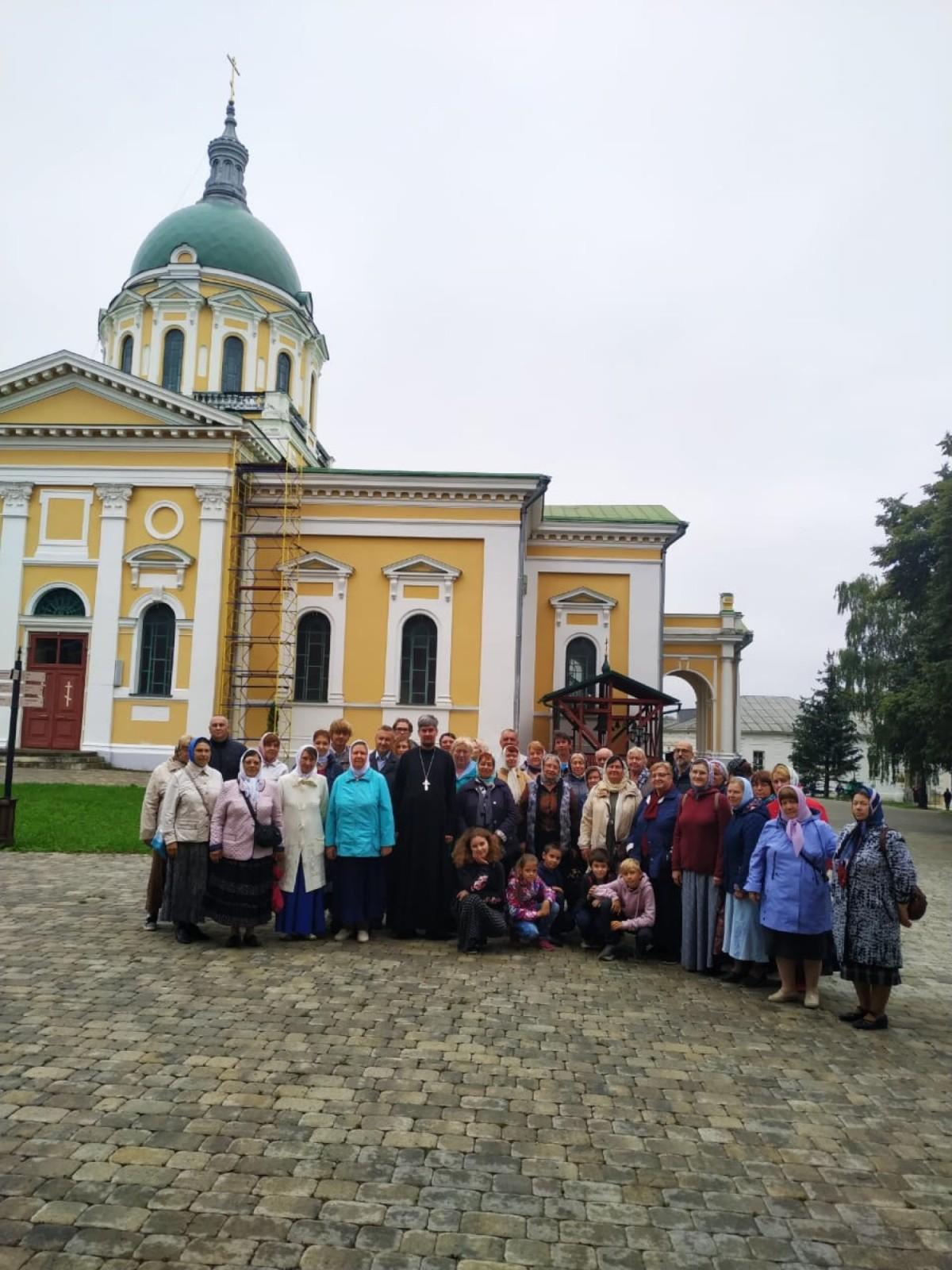 Паломничество прихожан Покровского храма деревни Марьинское